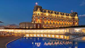 Biarritz)